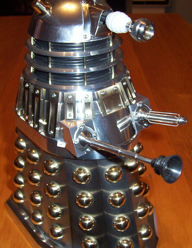Amazing all metal scale Dalek.