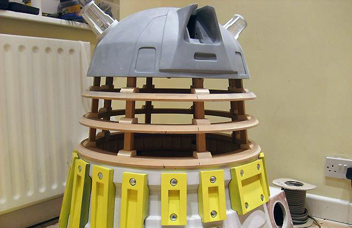 test fitting the Dalek's dome, neck cage and shoulder section, complete with slats.